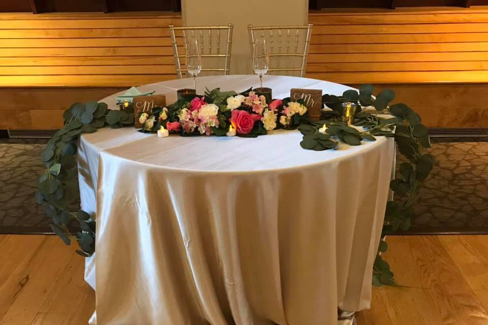 Table for the bride and groom