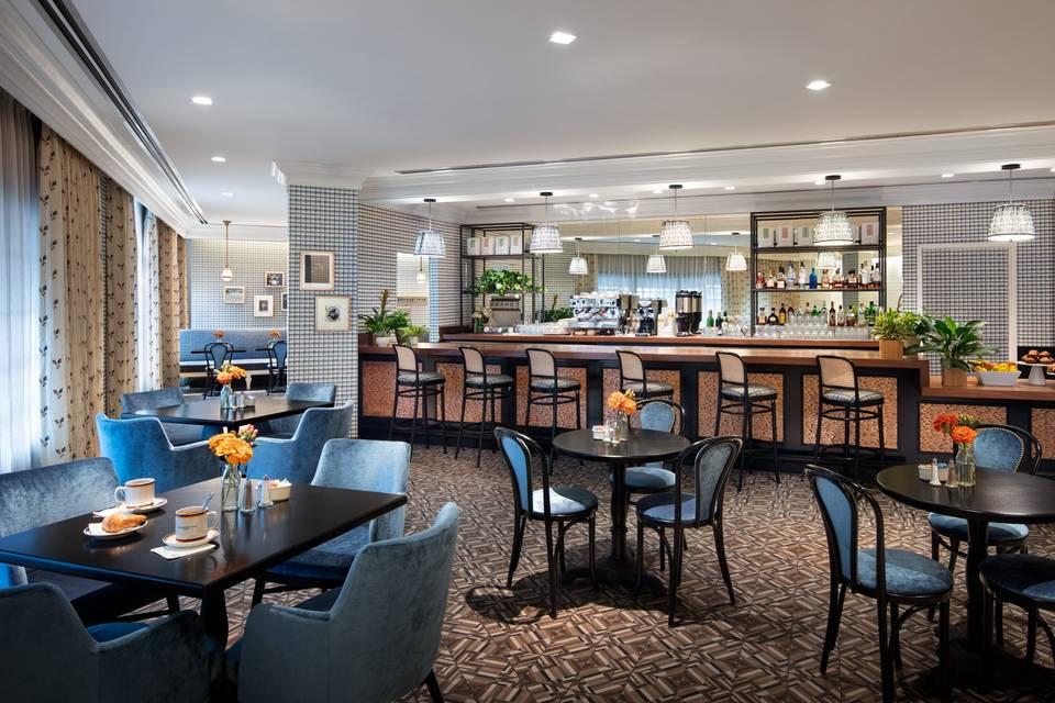 Trophy Room Bar & Restaurant
