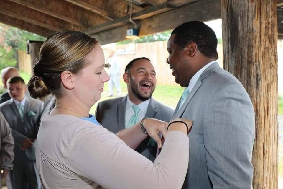Keeping groomsmen in line