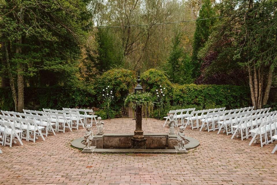 Courtyard ceremony setup