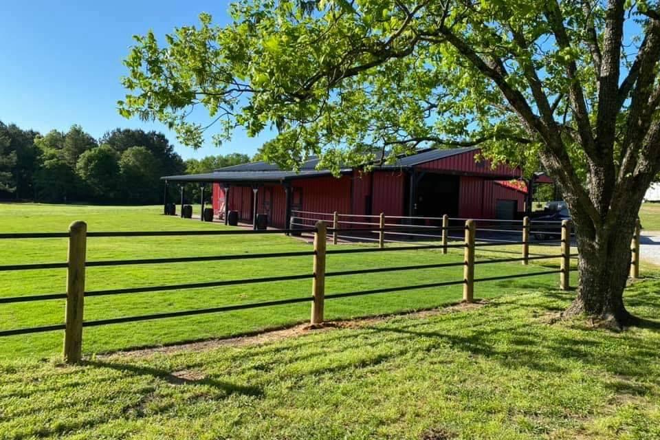The Venue at Holland Farms LLC