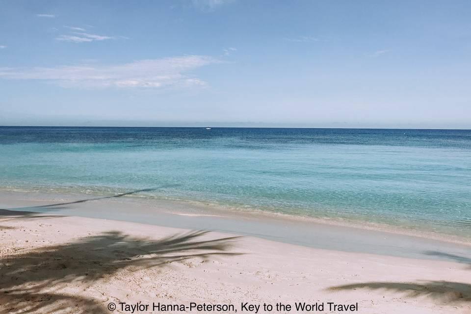 Sea view at Roatan, Honduras (RCCL)