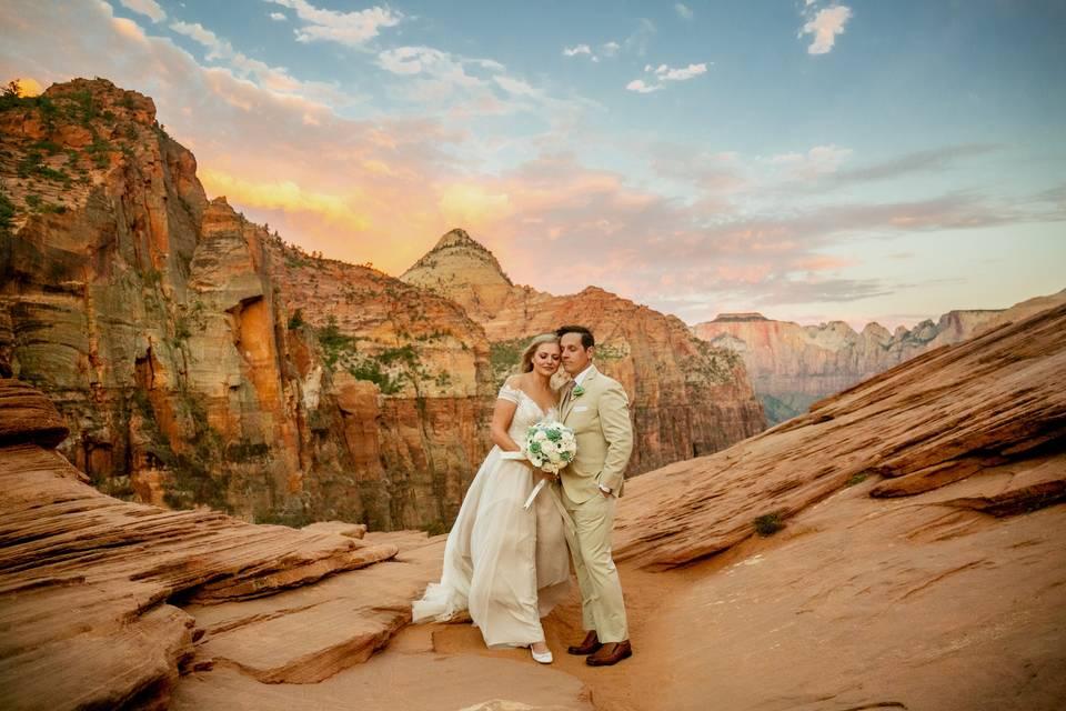 Desert wedding - Danielle Waters Photography