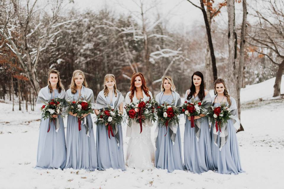 Bridal party - Photographs by Stephanie