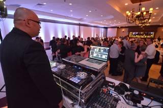 DJ JOEY A Wedding DJ Services
