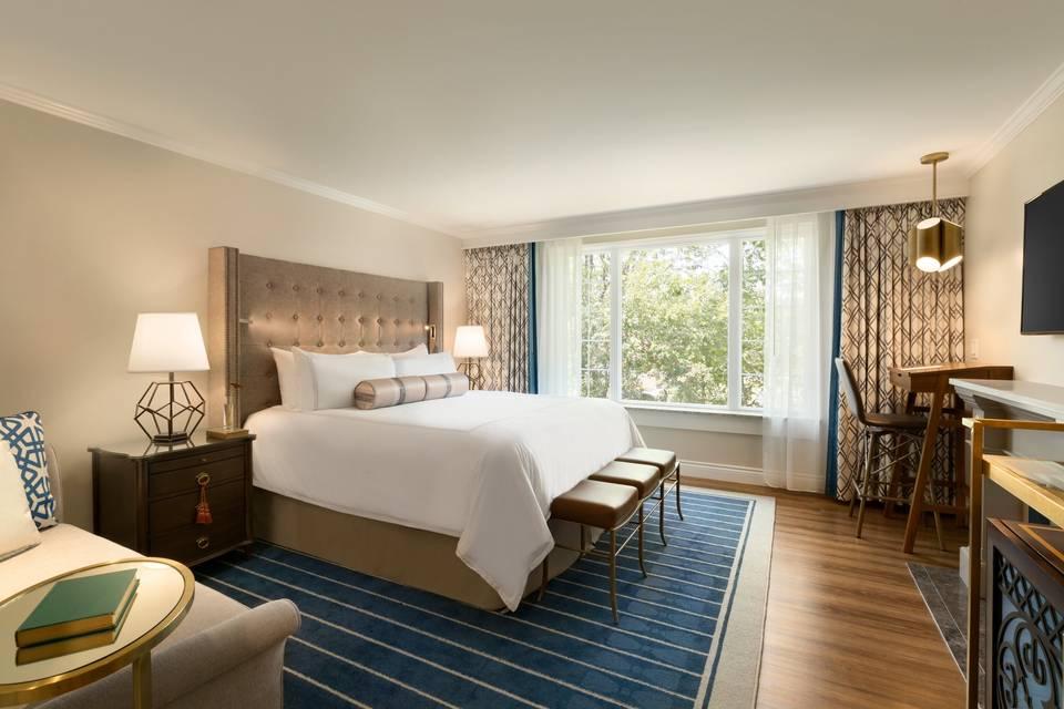 Bedroom with stylish furnishings