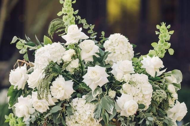Pedestal florals
