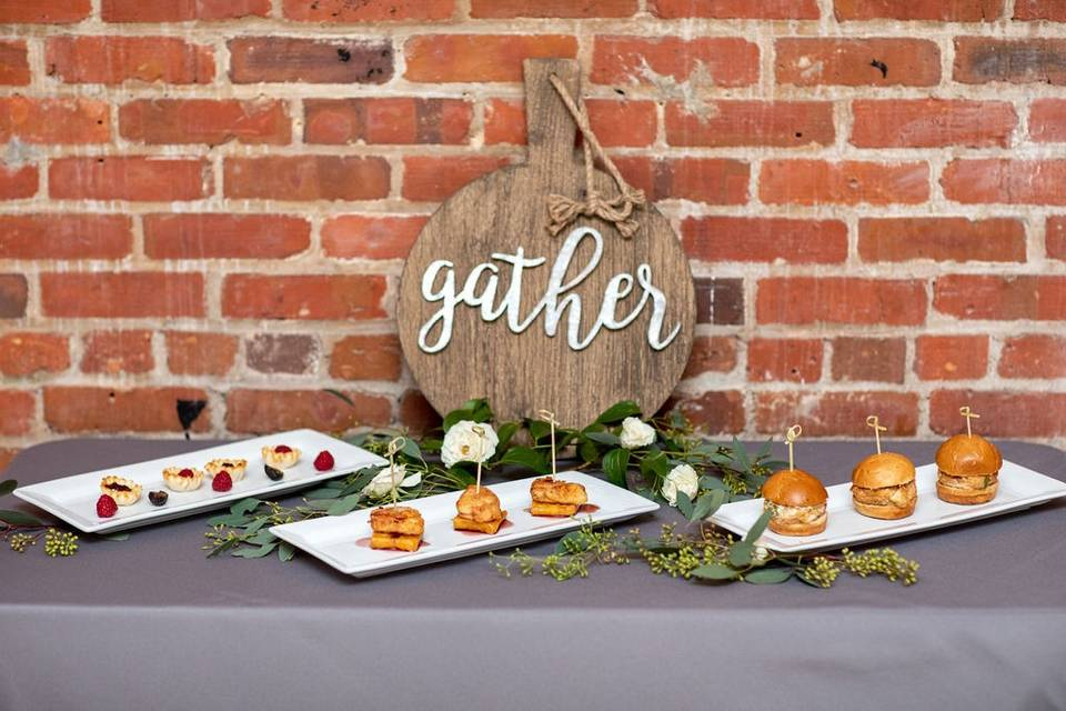 River Room Styled Shoot