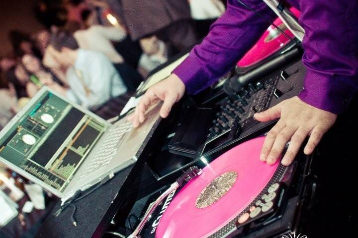 Cincy DJ Entertainment