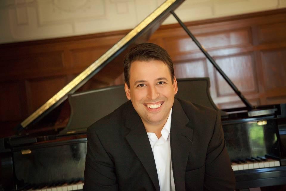 StLouisPianist Dave Becherer