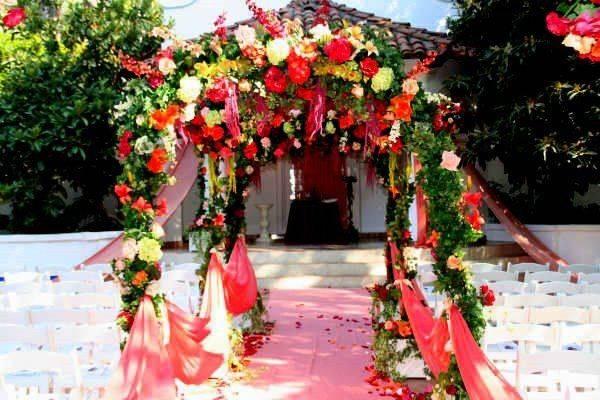 Jacob Holden Customized Dream Weddings & Events