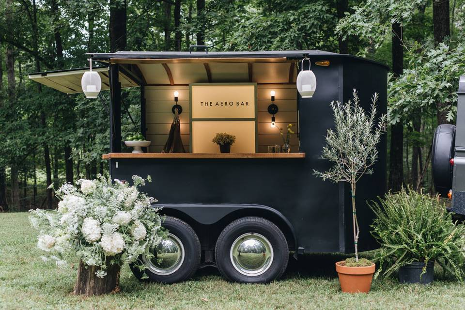 Scout the mobile bar