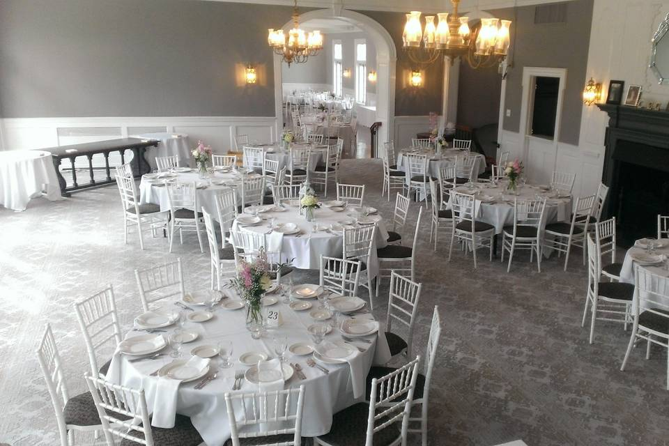 Foyer set with guest dining tables