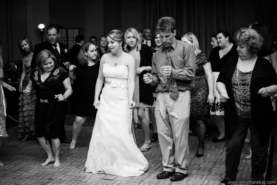Starting the wobble   photo: amy-marie kay   venue: doubletree by hilton