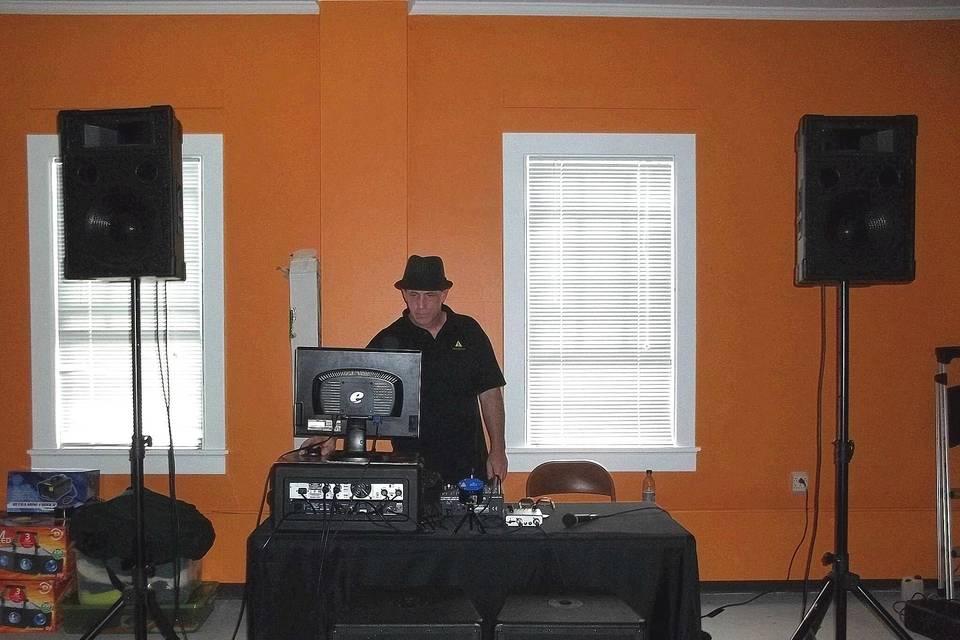 Basses Loaded Mobile DJ