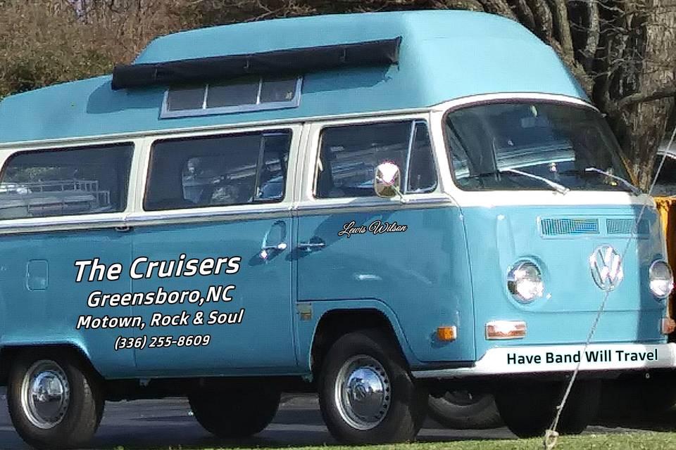 Cruisers Bus