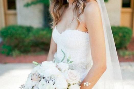Bride's soft waves