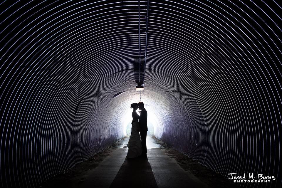 Tunnel silhouettes