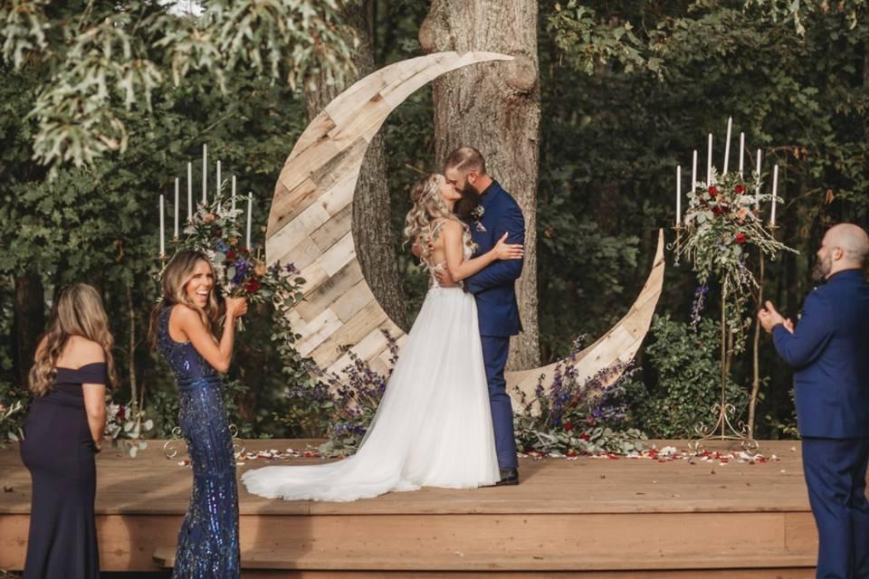 Ceremony under the oak