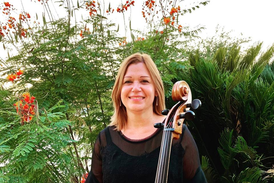 Carrie- Owner and Cellist