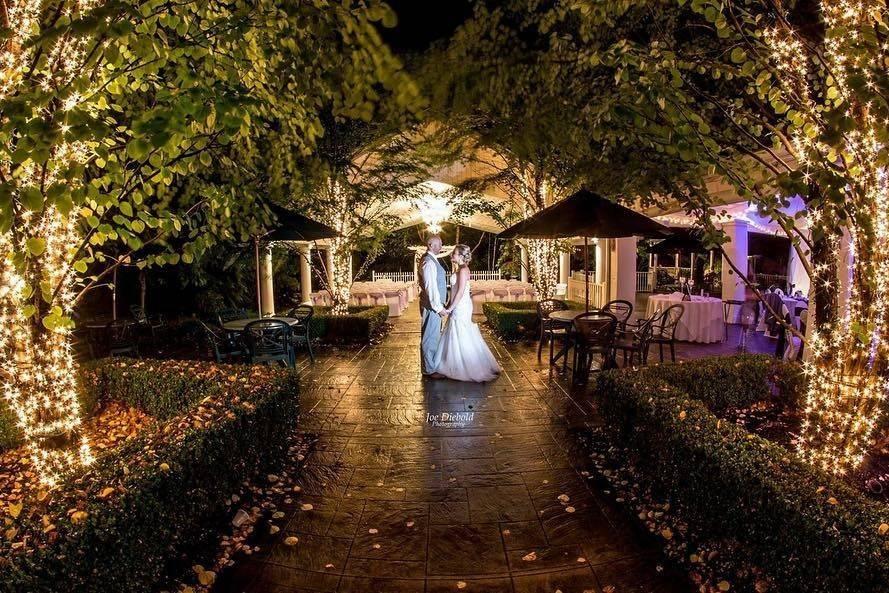 Kloc's Garden Pavilion at night