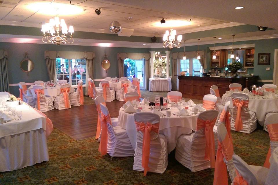 Kloc's Garden room, A smaller space to accomodate parties less than 100