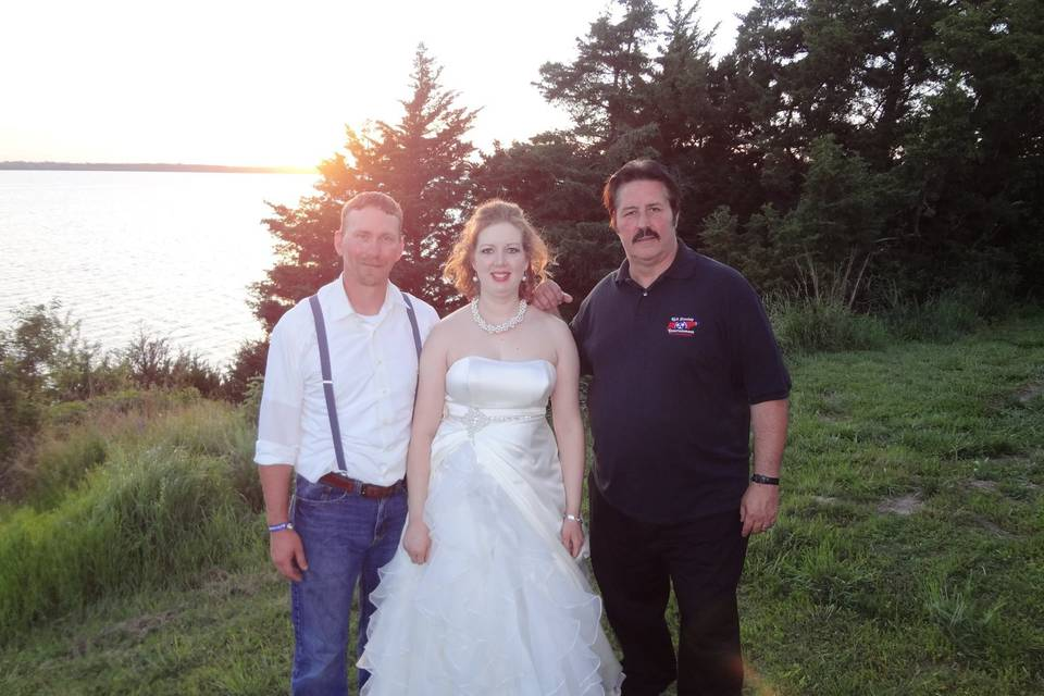 Rick Stanley Entertainment with the newly wed couple