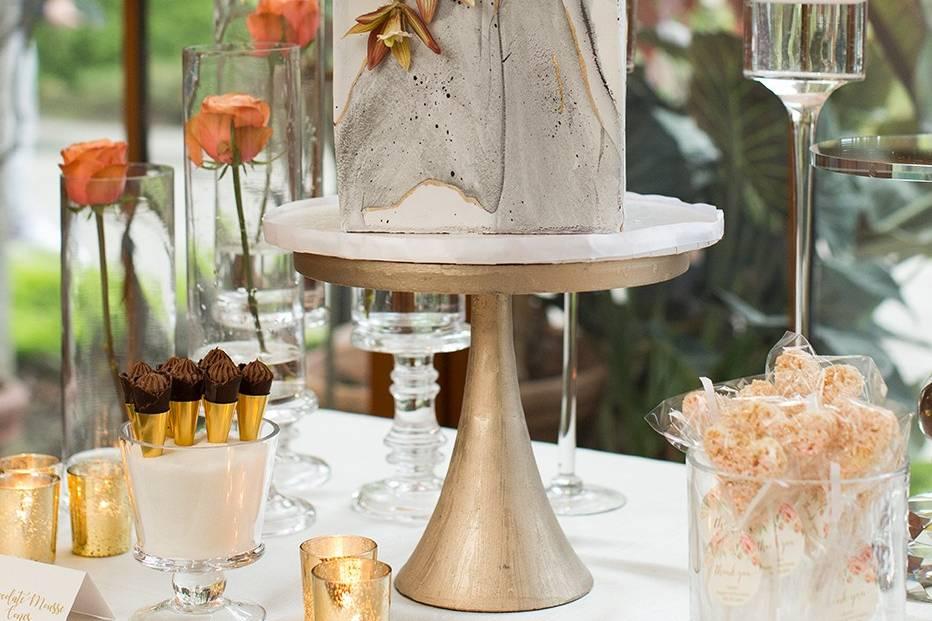 Wedding Cake- Photo The Ewings