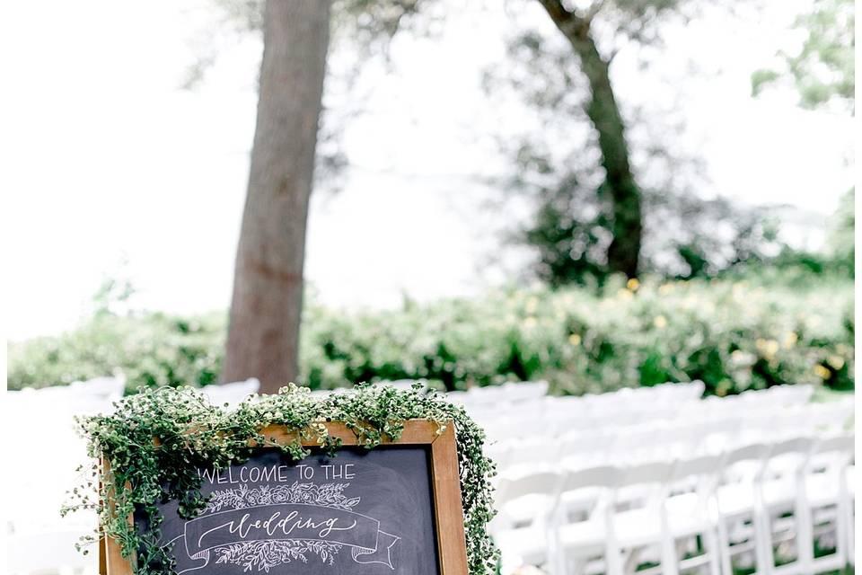 Signage | Grey Rock Lawn - Meghan Lee Harris Photography