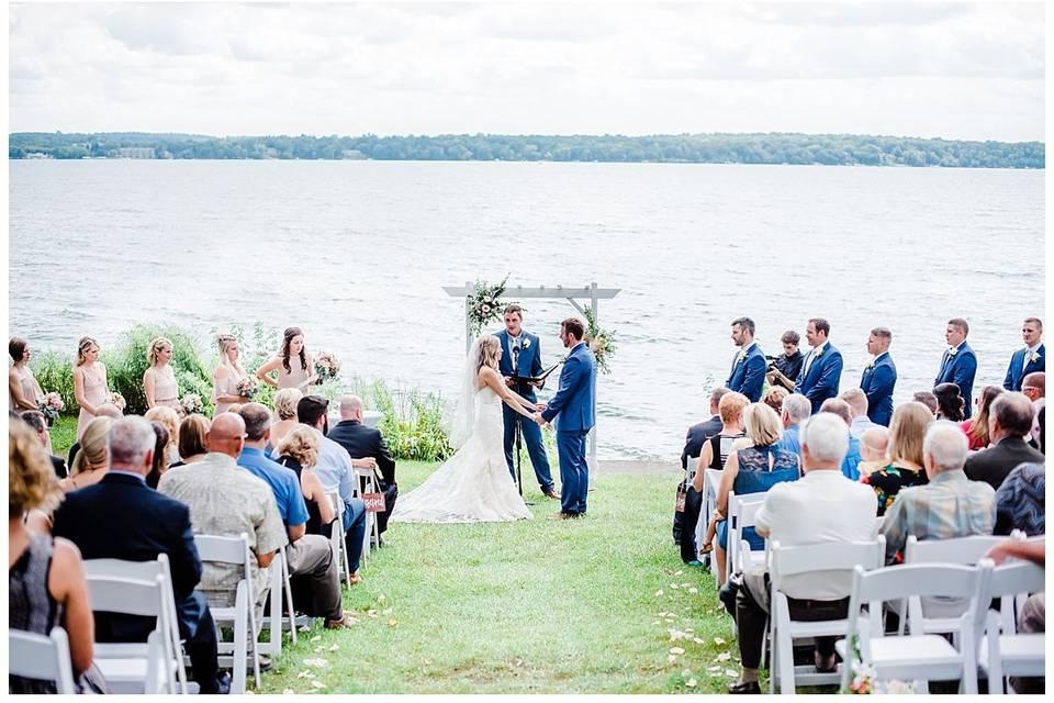Wedding ceremony | Grey Rock Lawn - Meghan Lee Harris Photography