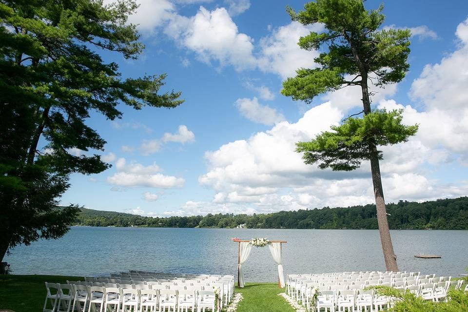 Lakeside ceremony site