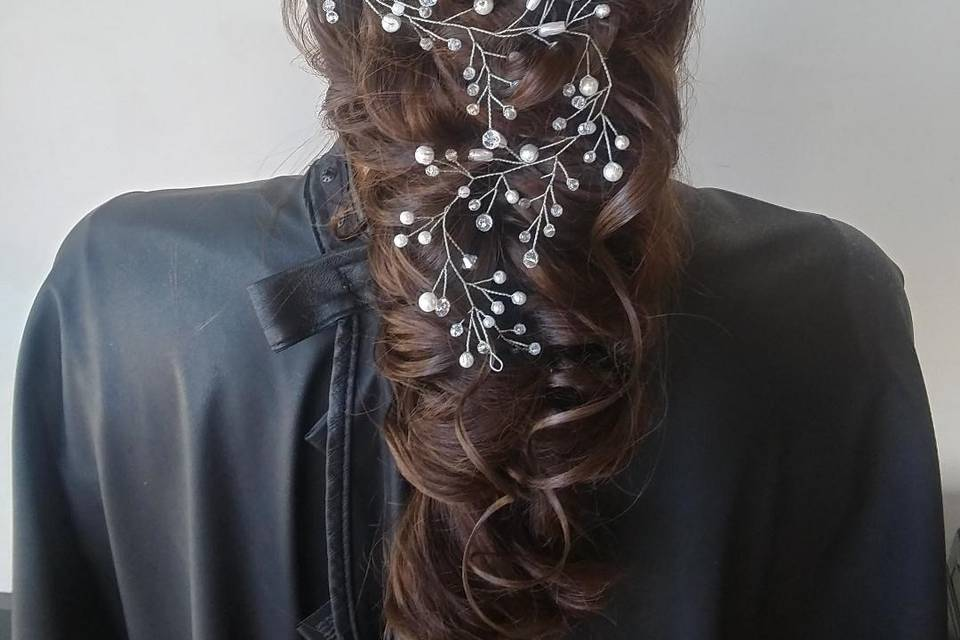 Romantic hairstyle with vine
