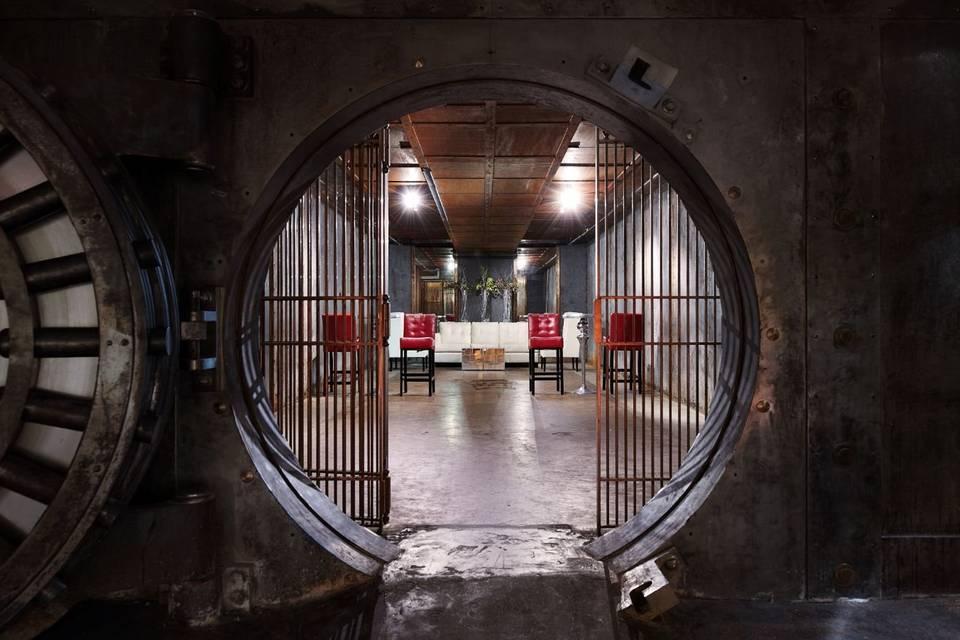 Metro67 Vault