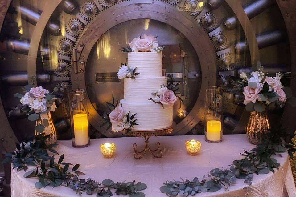Luli's Cupcakes & Bakery