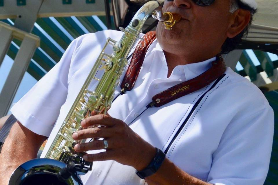 Silk and Sax Band