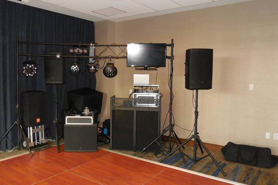 Set up with sub & truss