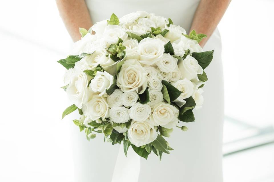 Simple White Bridal Flowers