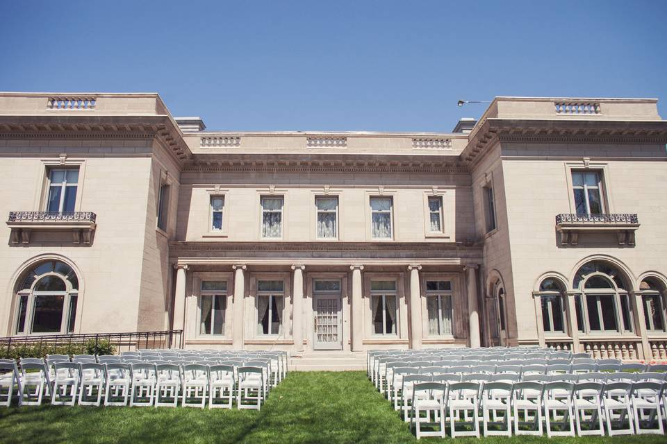 Gale Mansion