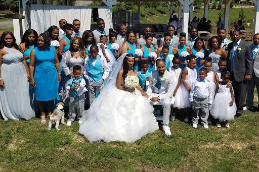 Bridal party photo shoot