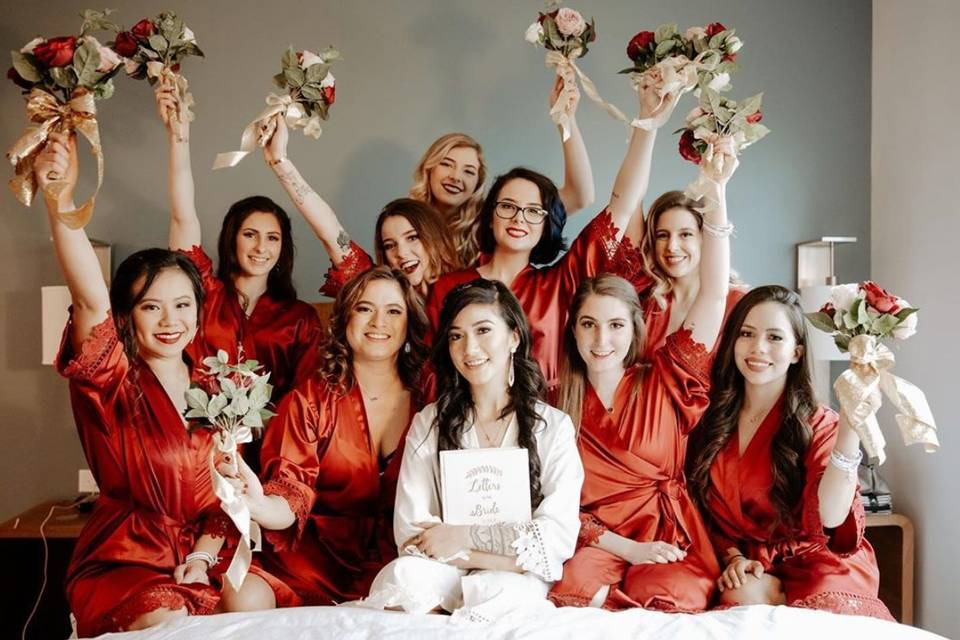 Bride & her bridesmaids.
