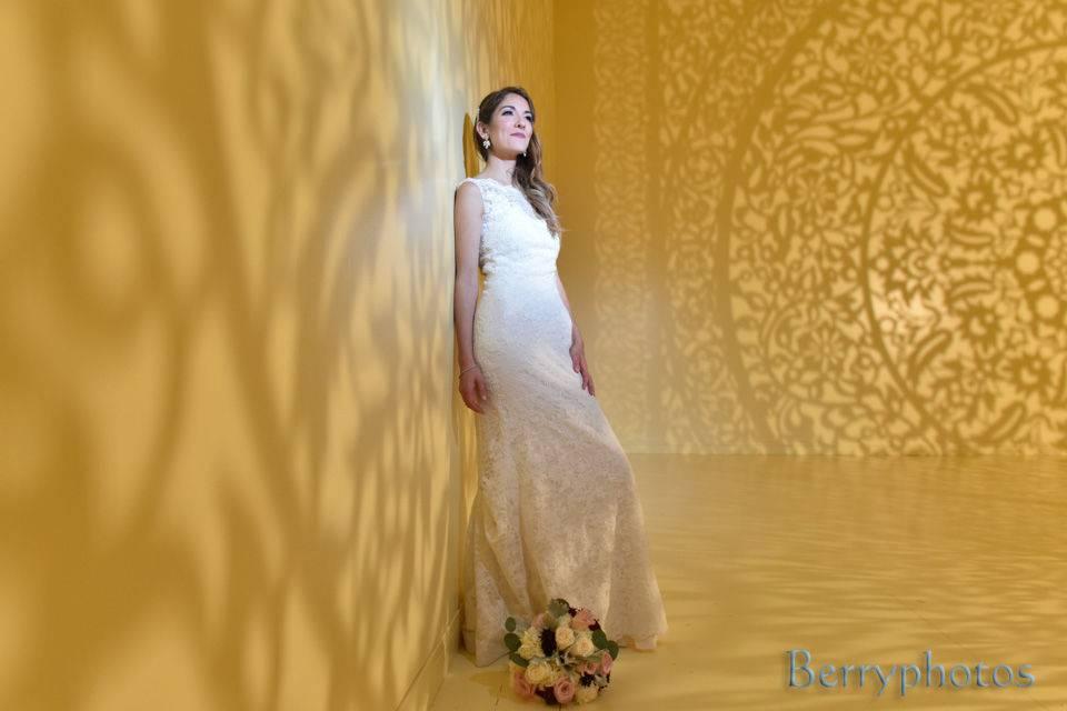 The gorgeous bride - Berryphotos