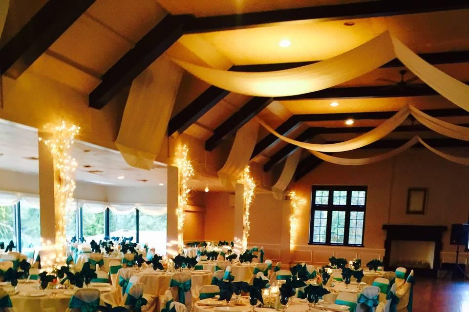 Reception in dimmed lights