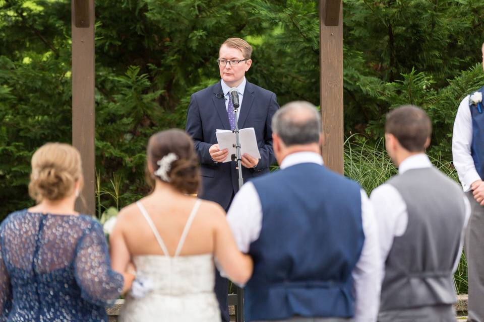 The wedding officiant | Tim Gangi Photography