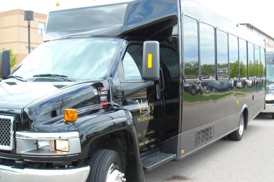 Limo-Coach 26 passenger