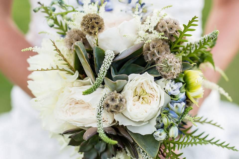 The bridal bouquet - Kristi Midgette Photography
