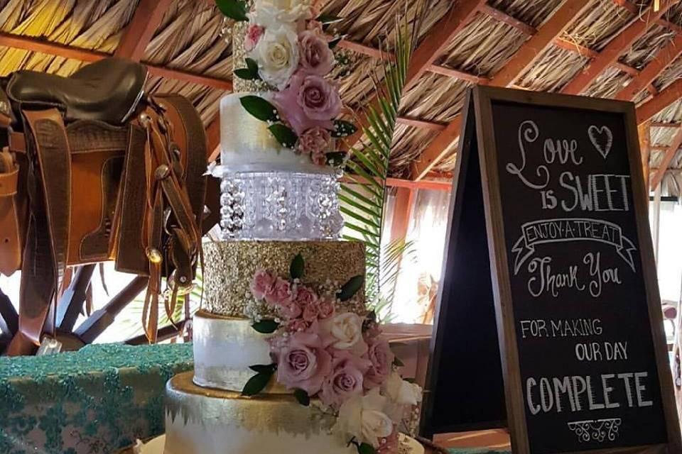 Fancy wedding cake