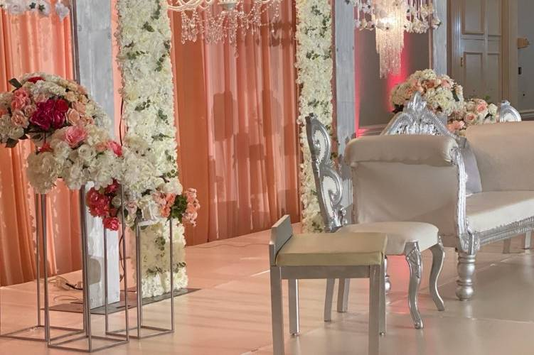 Staging by Decor Company