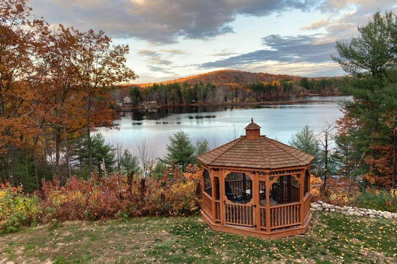 The Hive Lake View at Stone Mountain Lodge