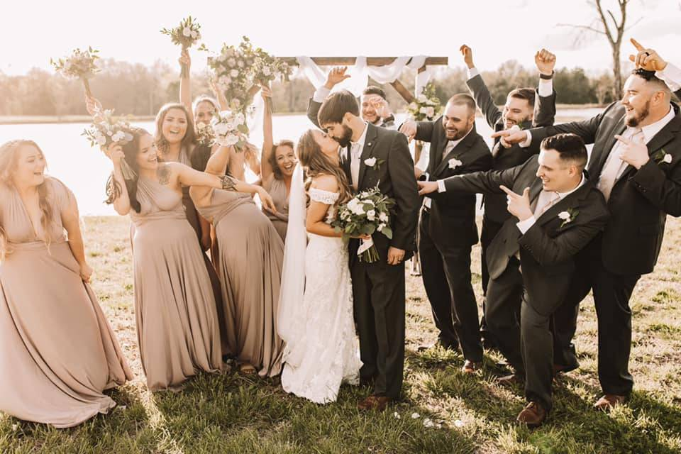 Newlyweds - Kelsey Young Photography