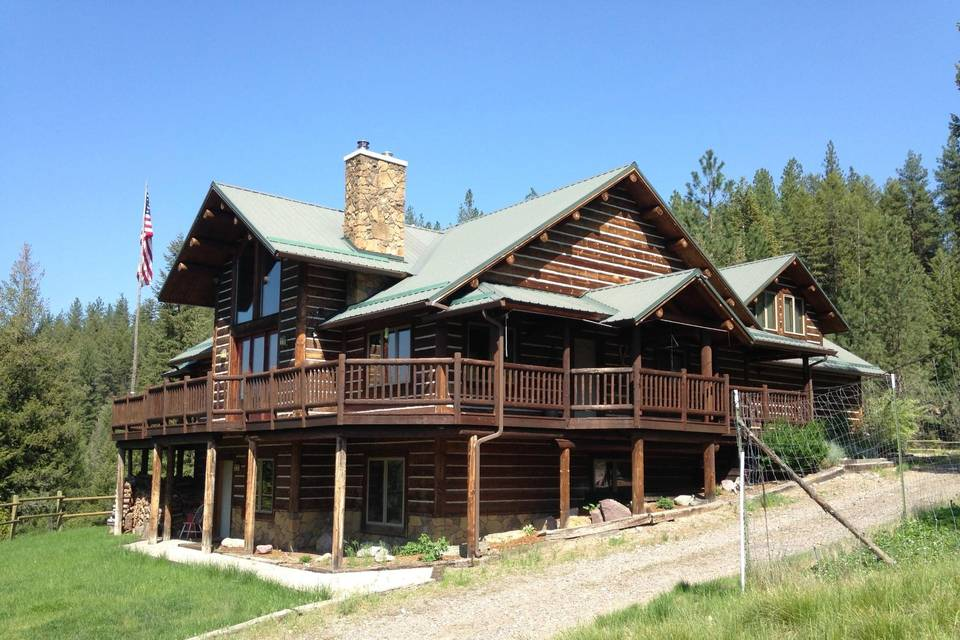 Lodge overlooking river